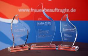 Stelen des 2. Gender Award - Kommune mit Zukunft, 2018