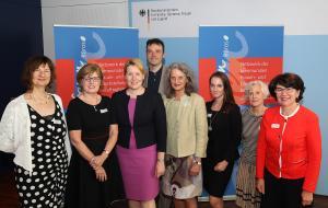 Jury 2. Gender Award - Kommune mit Zukunft 2018 mit Bundesministerin Dr. Giffey